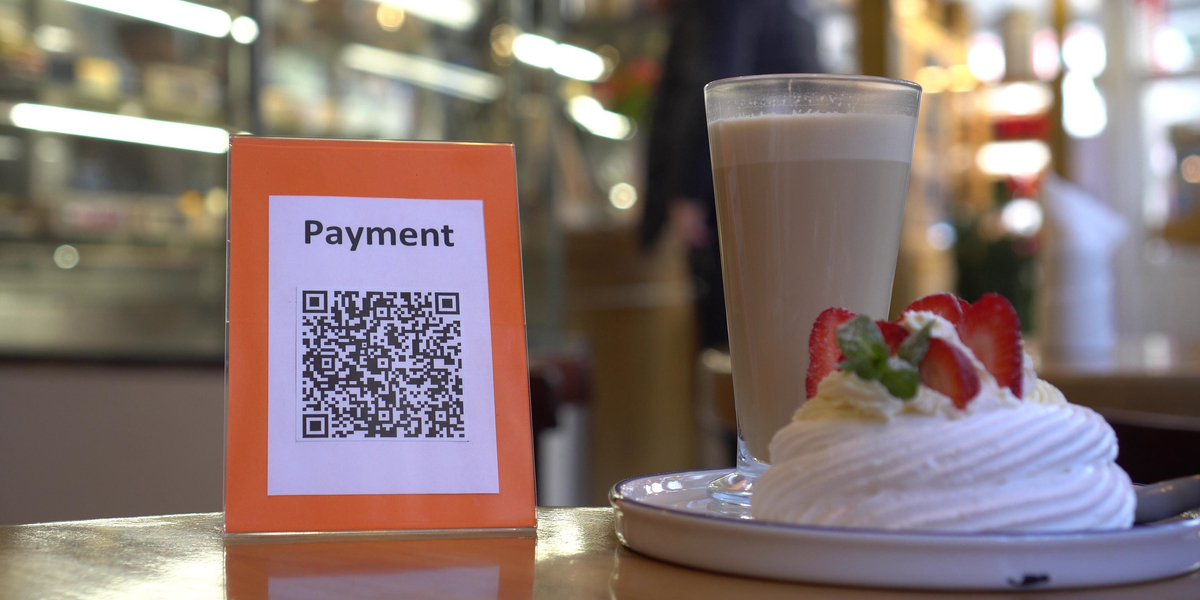 food with qr code to pay